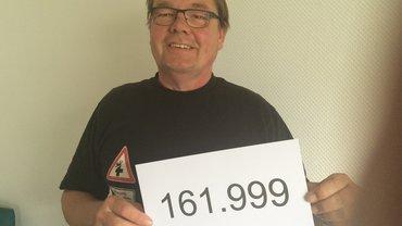 Gewerkschaftssekretär Michael Quetting wird seine Nummer im Klinikum Saarbrücken hochhalten