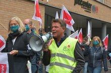 Demo mit Bezirksvorsitzenden Bernd Schumann