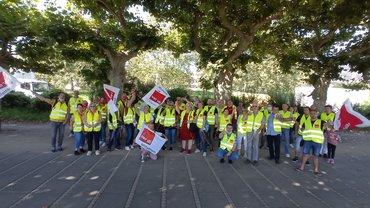 Bild von Streikenden in gelben Westen